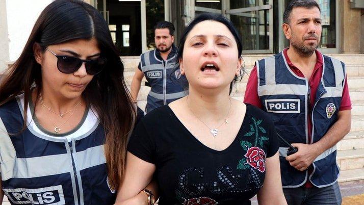 Kayseri'de suç makinesi kadın yatak odasındaki özel bölmede yakalandı
