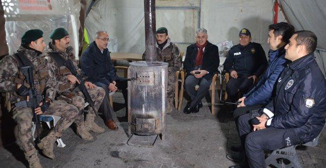 Emniyet Müdürü İnci, Yeni Yıla Polis Ziyaretiyle Girdi
