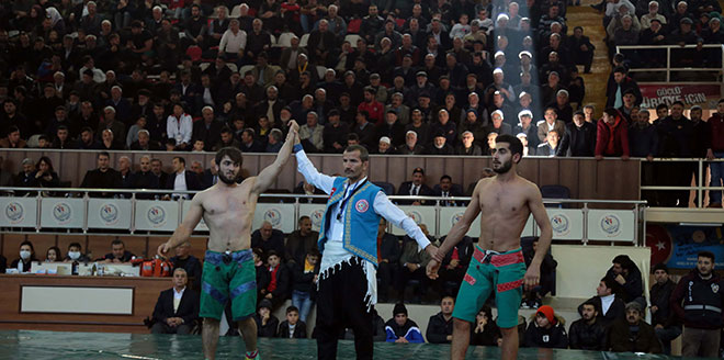 Şalvar Güreşi Dünya Şampiyonası Başladı