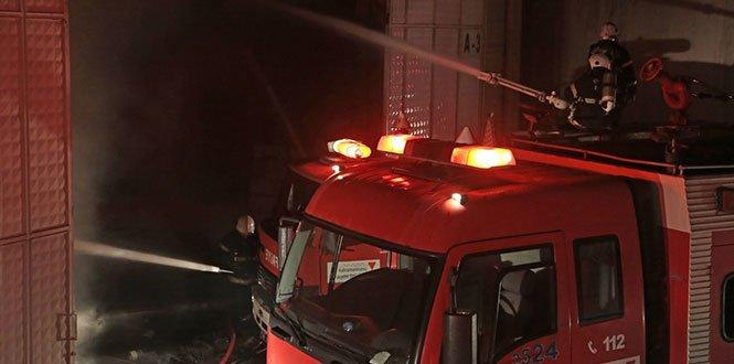 Fabrika Yangını Söndürüldü