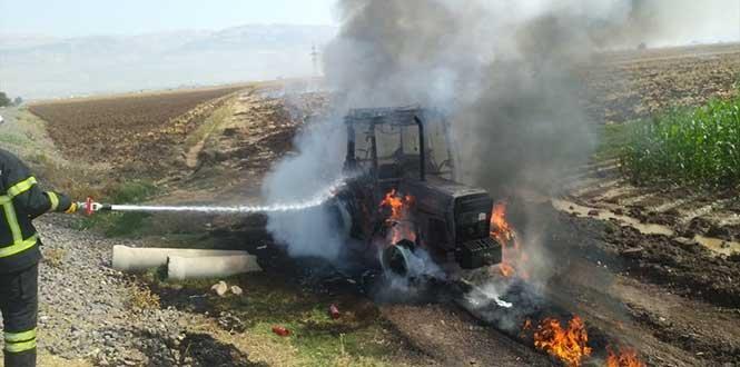 Kahramanmaraş'ta yanan traktörde maddi hasar oluştu
